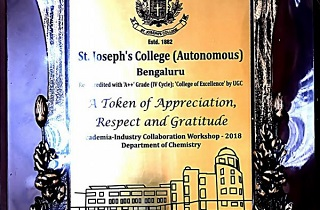 Mr. Shaheen Majeed, President, Sabinsa Worldwide delivers a presentation at the Academia-Industry Collaboration Workshop - 2018 in St. Joseph's College(Autonomous), Bangalore